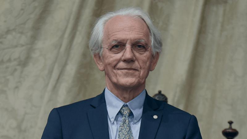 Entrevista al Premio Nobel de Física