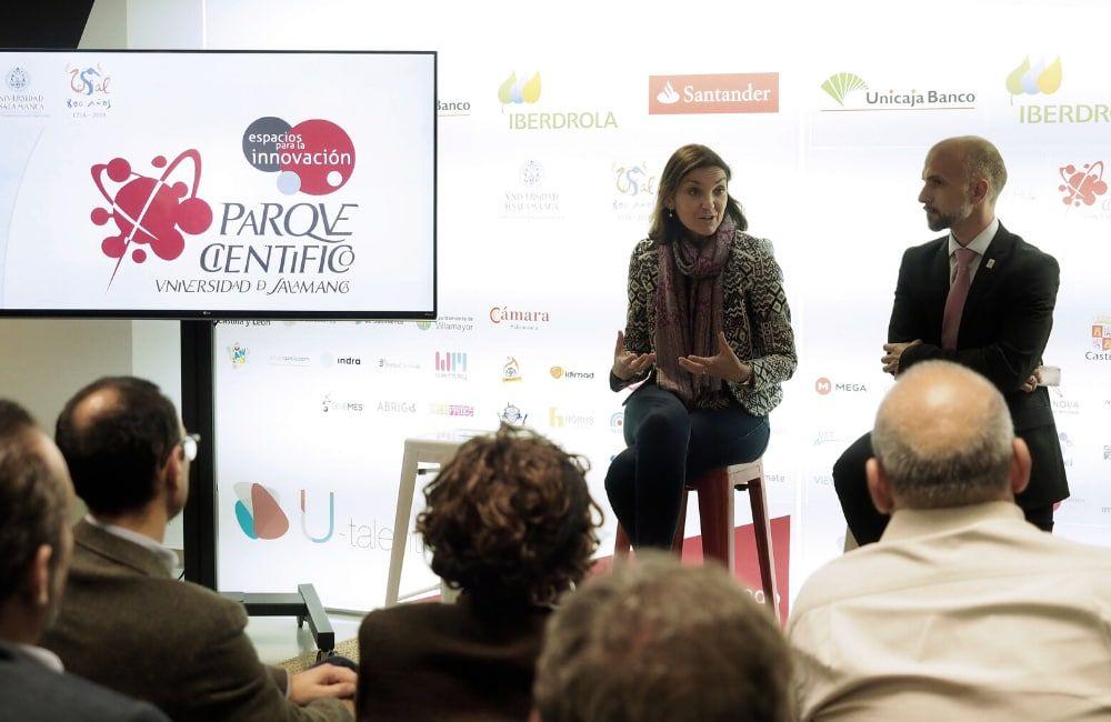 Dña. María Reyes Maroto Illera